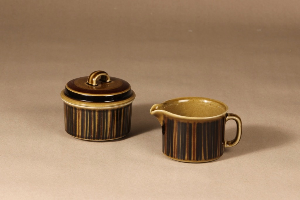 Arabia Kosmos sugar bowl and creamer, blown decoration, Gunvor Olin-Grönqvist