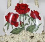 Arabia Rosa polyantha koristelautanen, suunnittelija Esteri Tomula