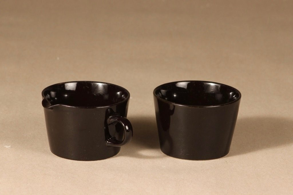 Arabia Kilta sugar bowl and creamer, brown, Kaj Franck,