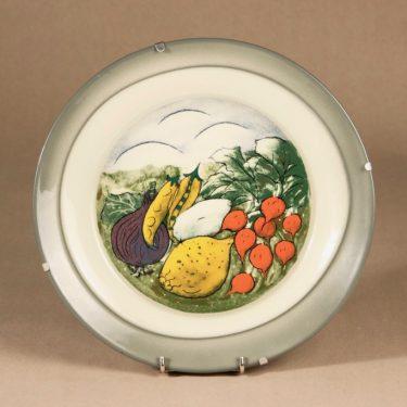 Arabia HLS wall plate, Salad in the making designer Heljä liukko-Sundström