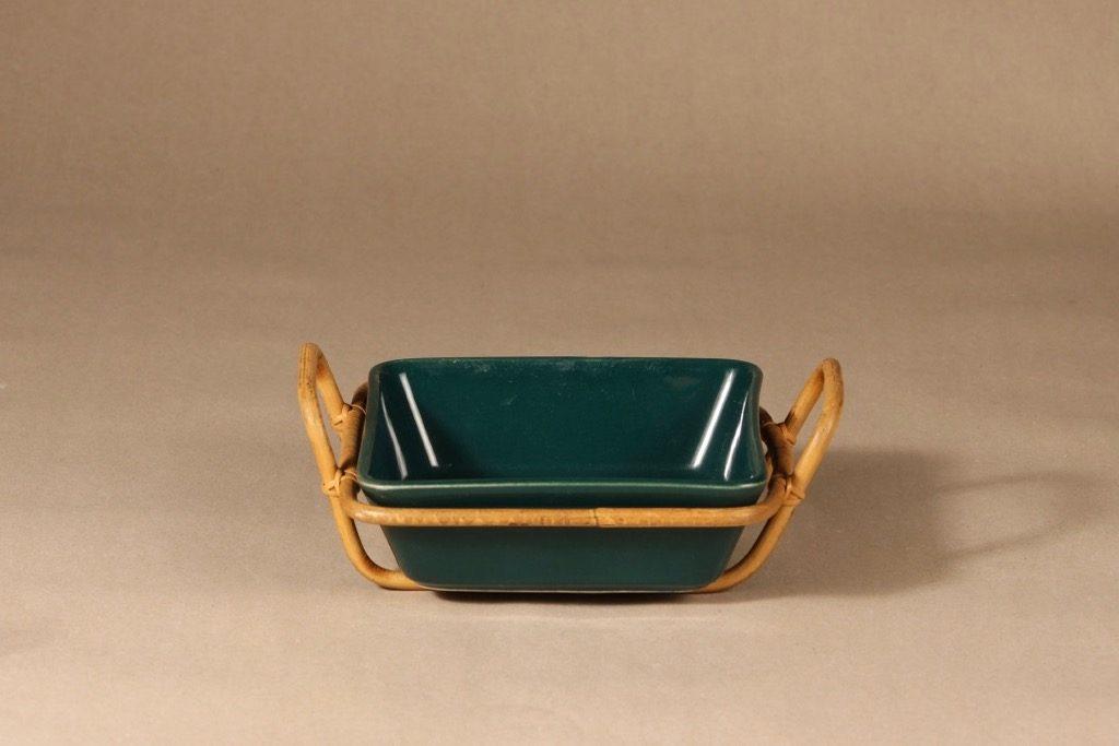 Arabia Kilta kulho rottinkikorilla, vihreä, suunnittelija Kaj Franck, rottinkikori