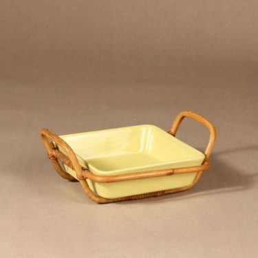 Arabia Kilta kulho rottinkikorilla, keltainen, suunnittelija Kaj Franck, rottinkikori