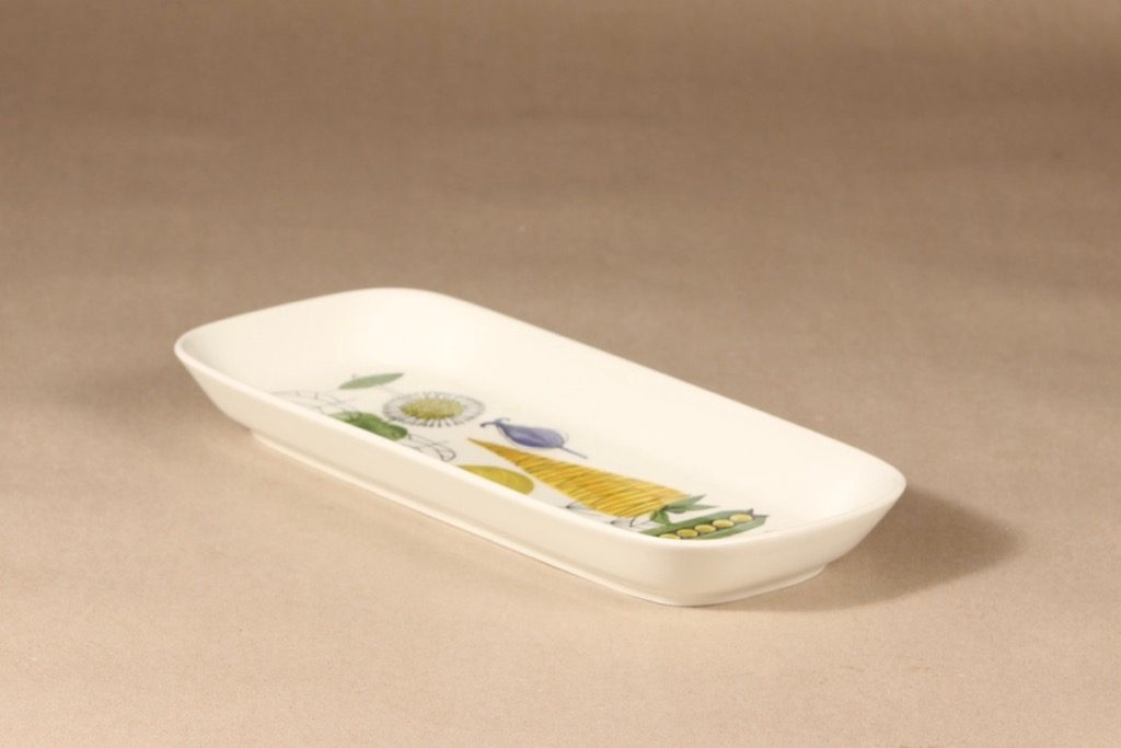 Arabia Vegeta tarjoilukulho, käsinmaalattu, suunnittelija Esteri Tomula, käsinmaalattu, käsinmaalattu, vihannesaihe, matala