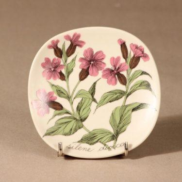 Arabia Botanica wall plate Silene dioica designer Esteri Tomula