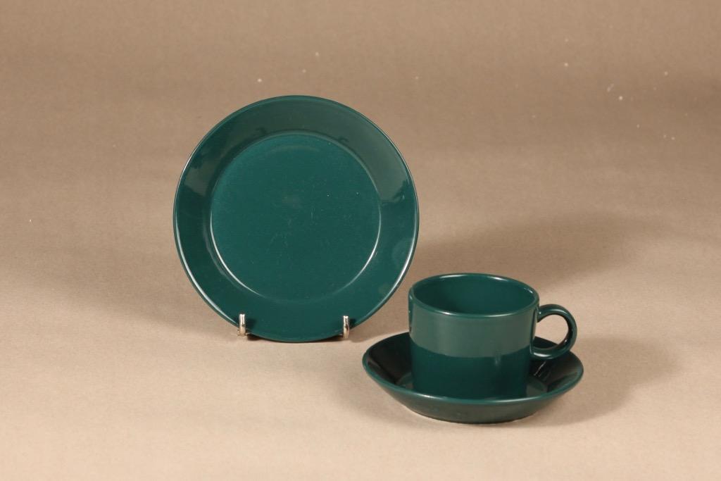 Arabia Kilta kahvikuppi ja lautaset, design Kaj Franck