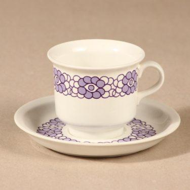 Arabia Krokus kahvikuppi, lila, suunnittelija Gunvor Olin-Grönqvist,