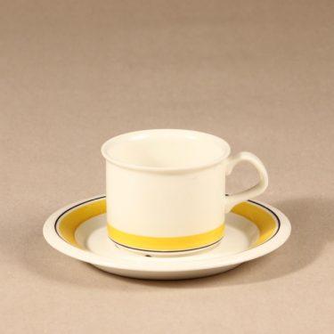 Arabia Faenza raita kahvikuppi ja lautaset, suunnittelija Peter Winquist, raitakoriste kuva 2