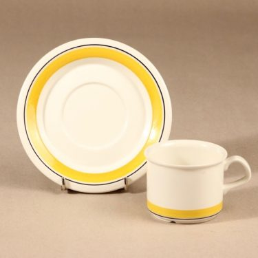 Arabia Faenza raita kahvikuppi ja lautaset, suunnittelija Peter Winquist, raitakoriste kuva 3