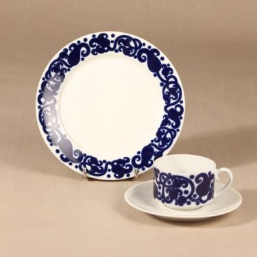 Arabia Josefiina coffee cup and plates, blue