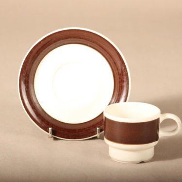 Arabia Inari kahvikuppi, ruskea, suunnittelija Göran Bäck, raitakoriste kuva 2
