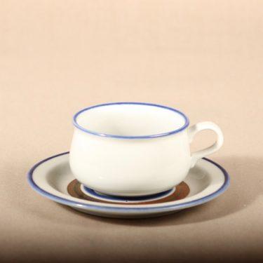 Arabia Wellamo teekuppi, käsinmaalattu, suunnittelija Peter Winquist