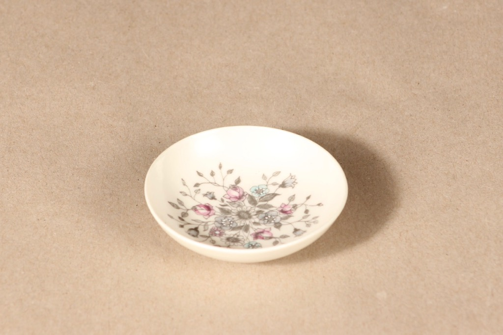 Arabia Fennica bowl, hand-painted, signed design Esteri TomulaArabia Fennica bowl, hand-painted, signed