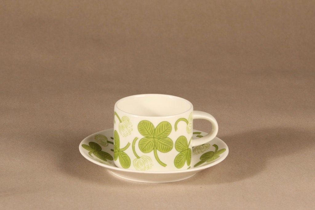 Arabia Apila teekuppi, vihreä, suunnittelija Birger Kaipiainen, serikuva