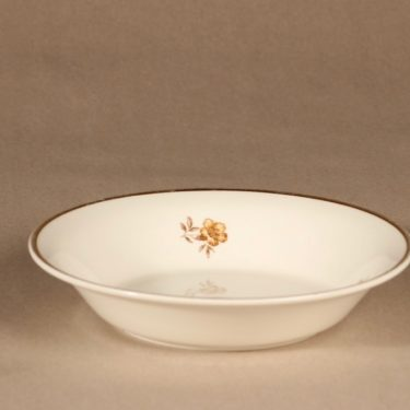 Arabia Myrna lautanen, syvä, suunnittelija Olga Osol, syvä, kulta, kukkakuvio