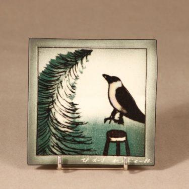 Arabia wall plate Spruce and crow design Heljä Liukko-Sundström