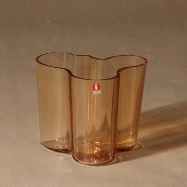Iittala Aalto vase rio brown designer Alvar Aalto