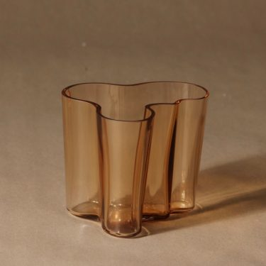Iittala Aalto vase rio brown designer Alvar Aalto 2