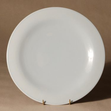 Arabia Oma dinner plate designer Harri Koskinen