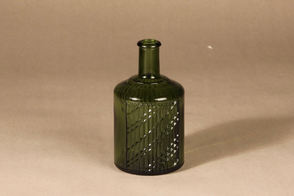 Riihimäen lasi Flindari karahvi, vihreä, suunnittelija Nanny Still,