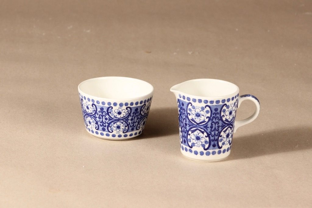 Arabia Ali sugar bowl and creamer designer Raija Uosikkinen