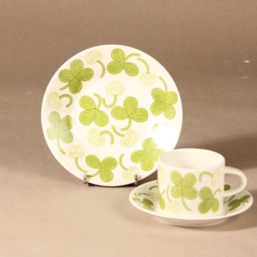 Arabia Apila coffee cup, saucer and demitasse designer Birger Kaipiainen