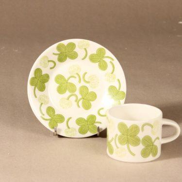 Arabia Apila kahvikuppi ja lautaset, vihreä, suunnittelija Birger Kaipiainen, serikuva kuva 3