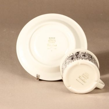 Arabia Krokus teekuppi, mustavalkoinen, suunnittelija Esteri Tomula, serikuva, kukka-aihe kuva 3