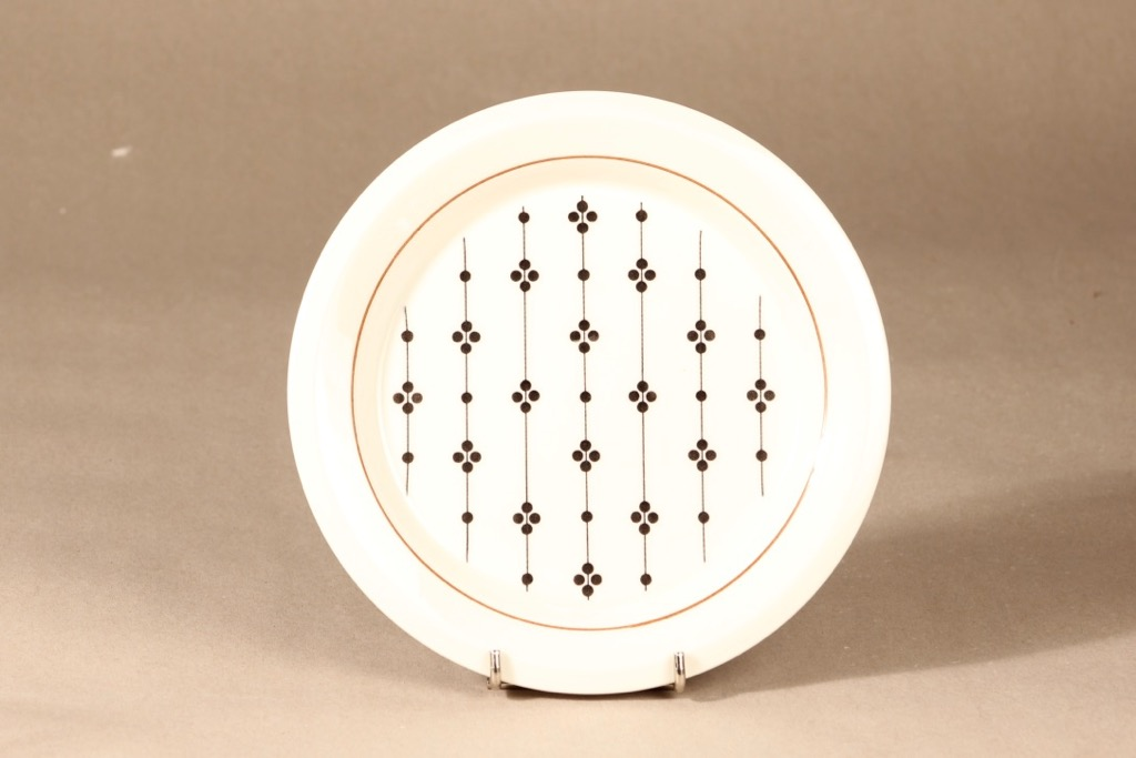 Arabia Kartano salad plate designer Esteri Tomula