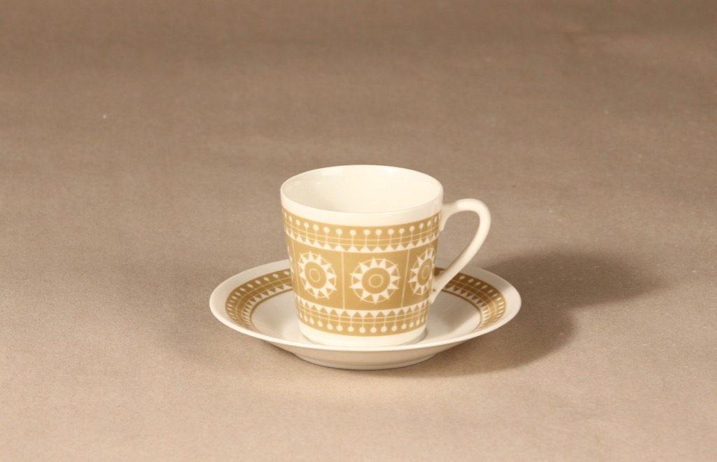 Arabia Sanna kahvikuppi, beige, suunnittelija , serikuva