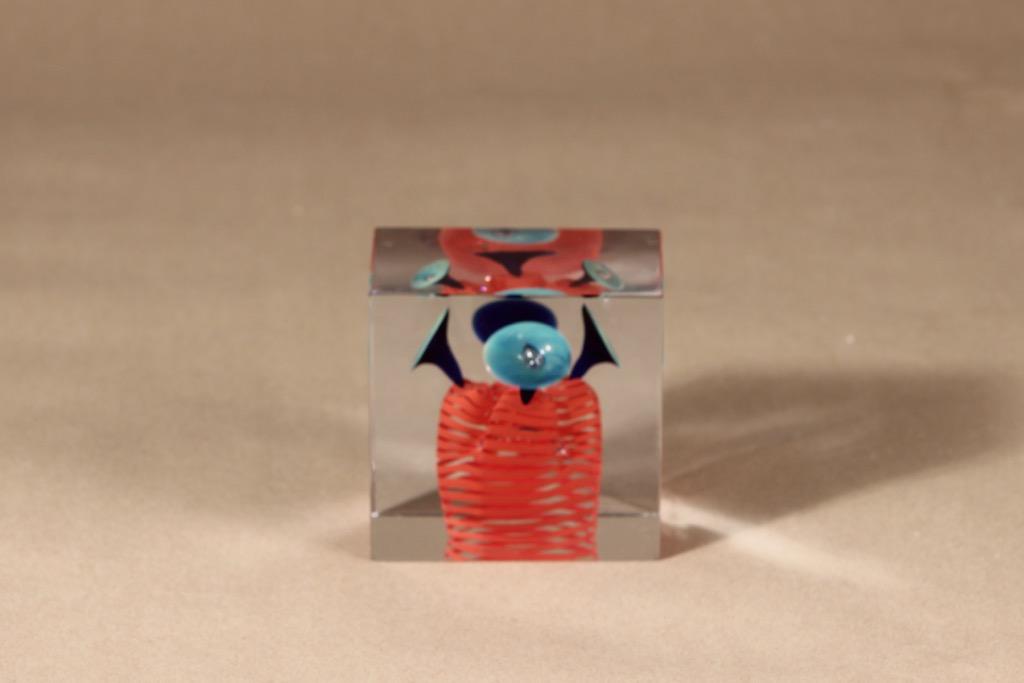 Nuutajärvi limited edition cube designer Oiva Toikka