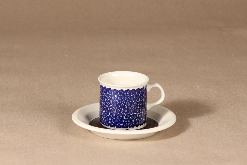 Arabia Faenza sinikukka kahvikuppi, sininen, suunnittelija Inkeri Seppälä, serikuva, kukka