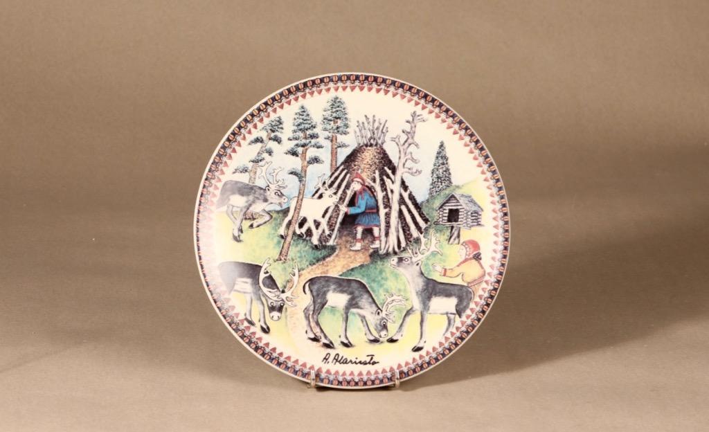 Arabia wall plate Lappi designer Andreas Alariesto