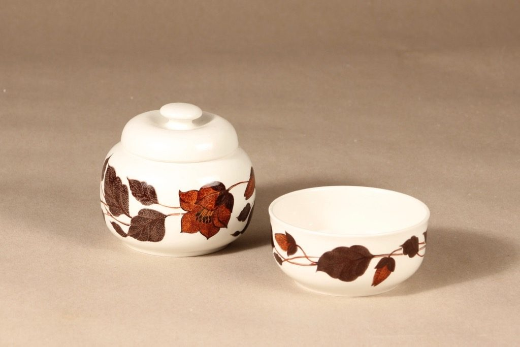 Arabia Tea for Two kulho ja sokerikko, ruskea, suunnittelija Gunvor Olin-Grönqvist, serikuva