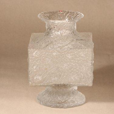 Iittala Crassus vase designer Timo Sarpaneva