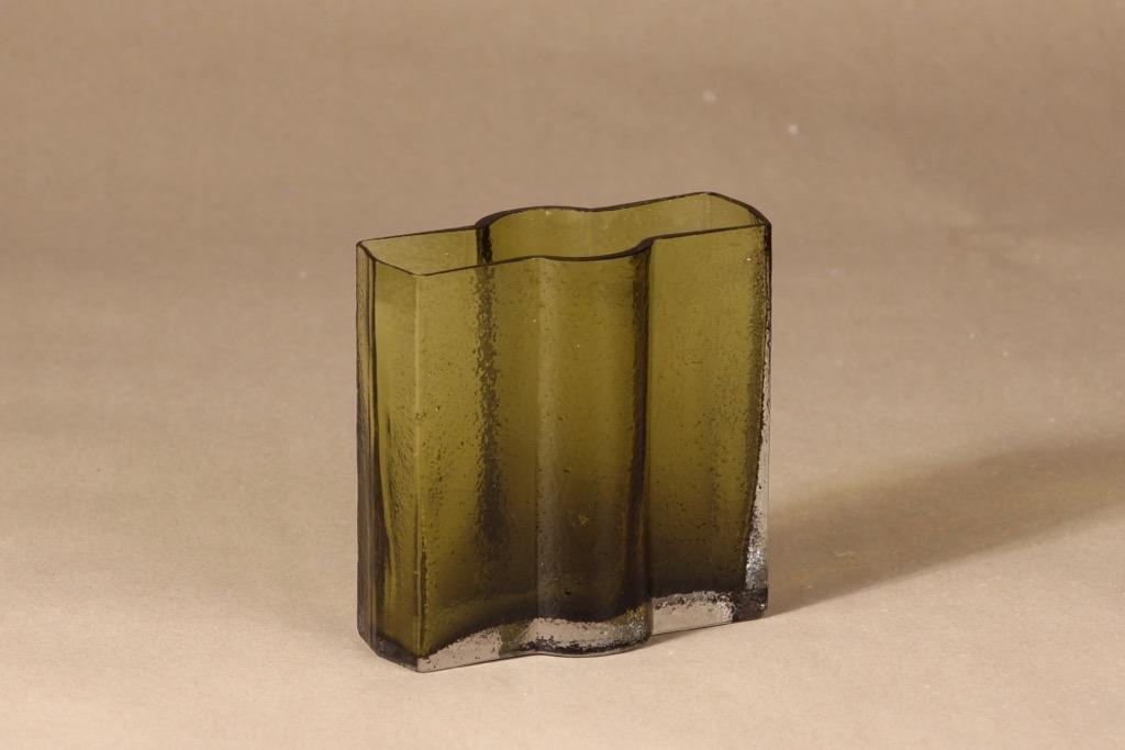 Riihimäen lasi Railo maljakko, vihreä, suunnittelija Nanny Still,