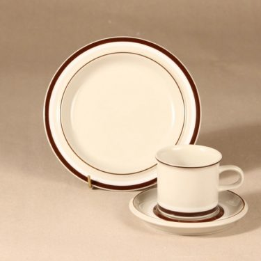 Arabia Hilkka coffee cup and plates