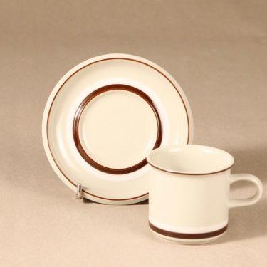 Arabia Hilkka kahvikuppi ja lautaset, suunnittelija , raitakoriste kuva 3
