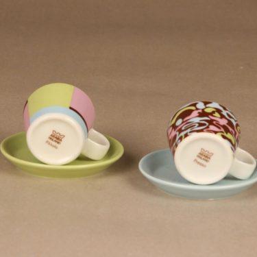 Arabia XS espressokupit, Presso ja Piccolo, 2 kpl, suunnittelija Kristiina Riska, Kati Tuominen-Niittylä, Presso ja Piccolo kuva 2