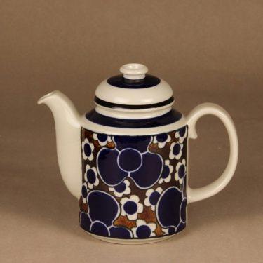 Arabia Saara coffee pot designer Anja Jaatinen-Winquist