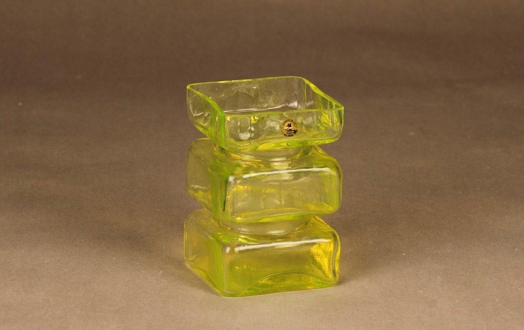 Riihimäen lasi Pala vase, yellow designer Helena Tynell
