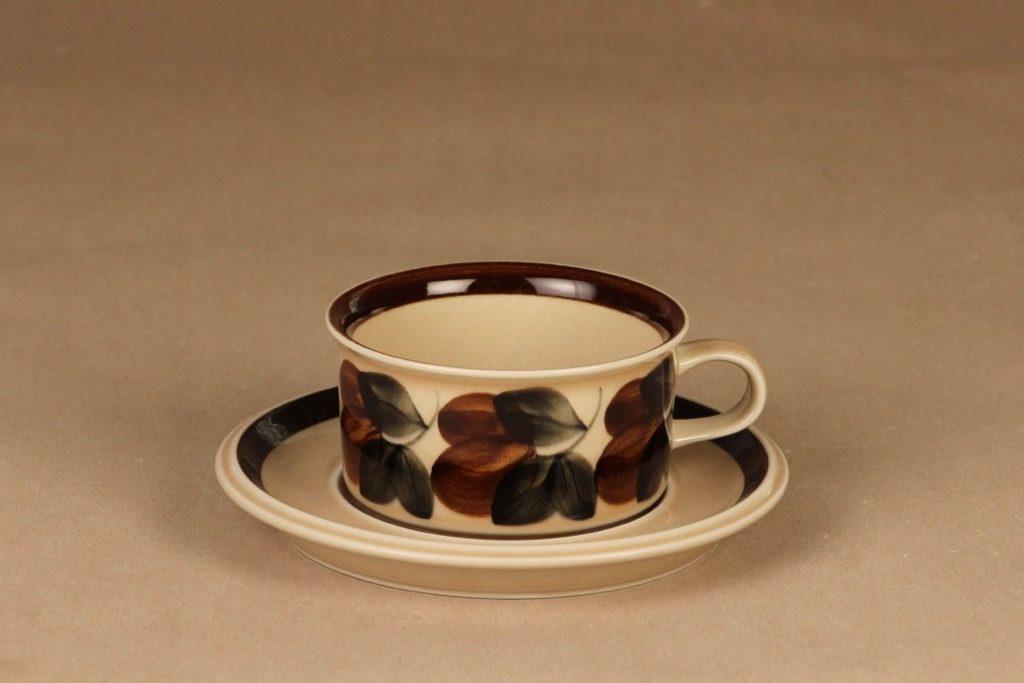 Arabia Ruija teekuppi, käsinmaalattu, suunnittelija Raija Uosikkinen, käsinmaalattu, käsinmaalattu