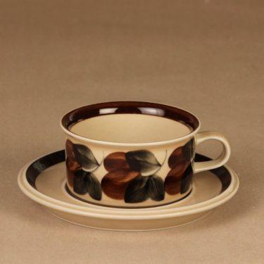 Arabia Ruija tea cup, hand-painted designer Raija Uosikkinen
