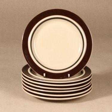 Arabia Ruija plates designer Raija Uosikkinen