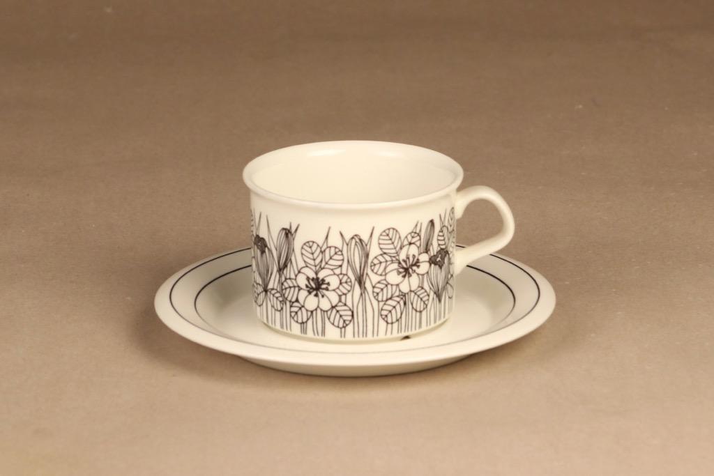 Arabia Krokus tea cup, B/W designer Esteri Tomula