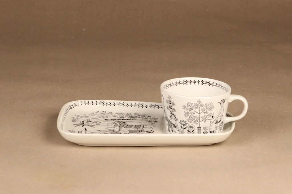 Arabia Emilia coffee cup and plate designer Raija Uosikkinen