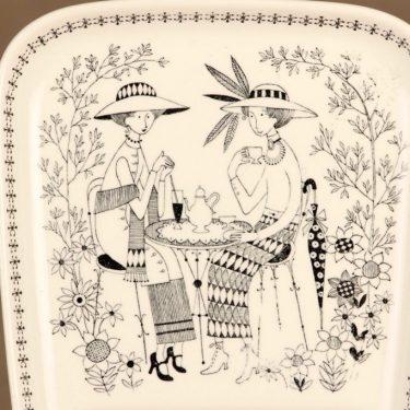 Arabia Emilia kahvikuppi ja erikoislautanen, 18 cl, suunnittelija Raija Uosikkinen, 18 cl, kuparipainokoriste kuva 3