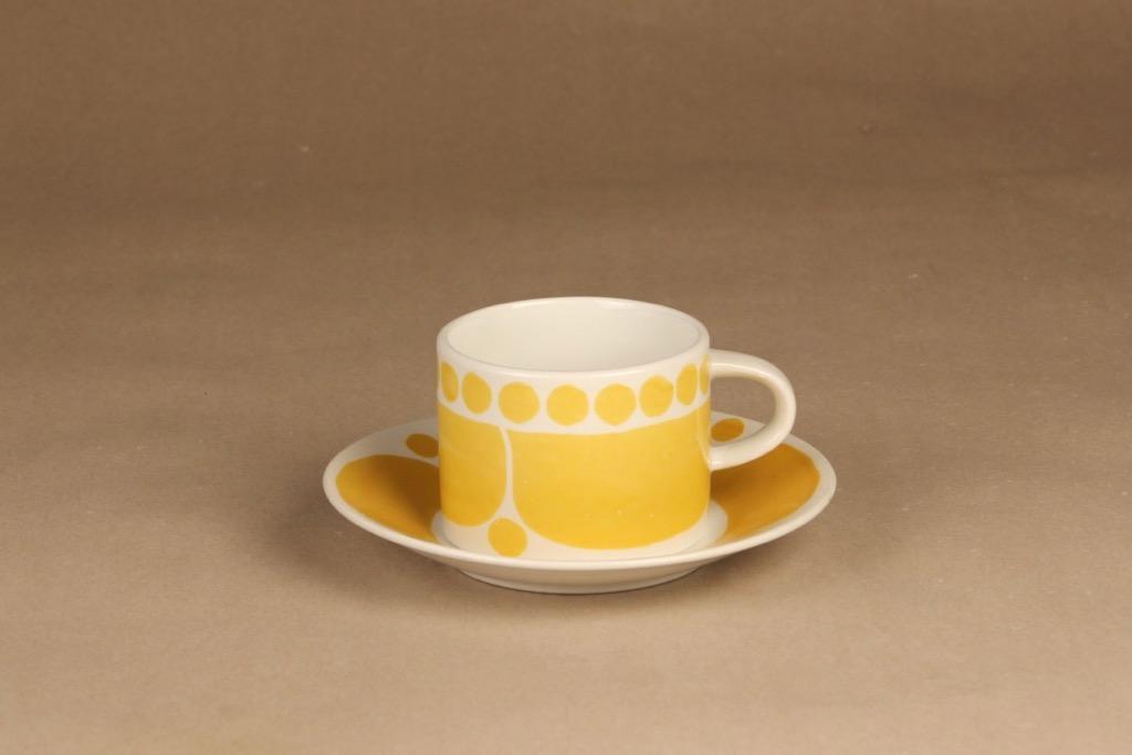 Arabia Sunnuntai teekuppi, keltainen, suunnittelija Birger Kaipiainen, serikuva, retro