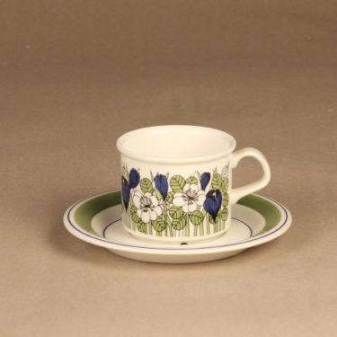 Arabia Krokus kahvikuppi ja lautaset, vihreä, suunnittelija Esteri Tomula, serikuva, kukka-aihe kuva 2