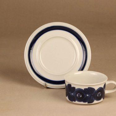 Arabia Anemone tea cup, hand-painted designer Ulla Procope 2