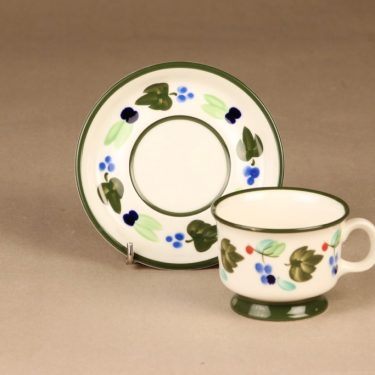 Arabia Palermo kahvikuppi ja lautaset, käsinmaalattu, suunnittelija Dorrit von Fieandt, käsinmaalattu, signeerattu kuva 3